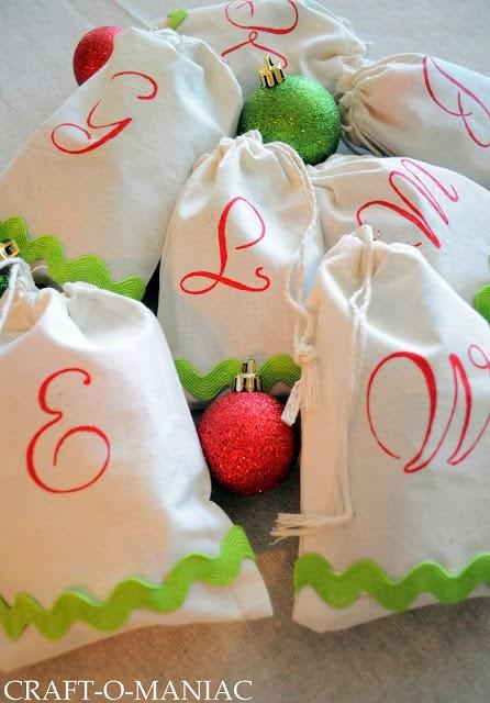 DIY Christmas Stenciled Treat Bags