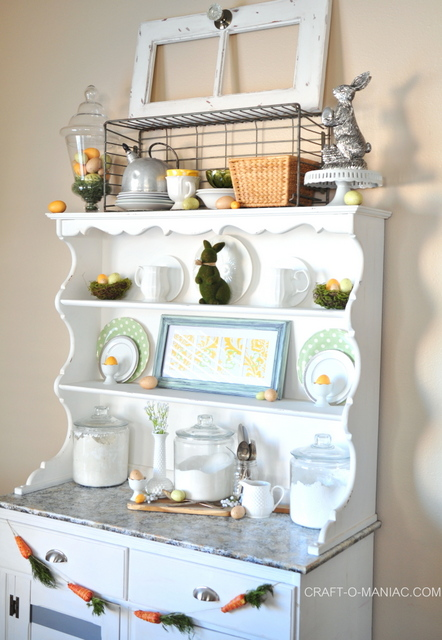 Easter Hutch Decor