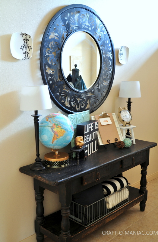 5 Tips to Spruce Up Your Entryway for the Summer