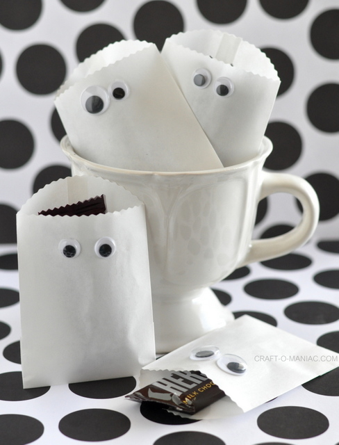 Paper Ghost Favor Bags