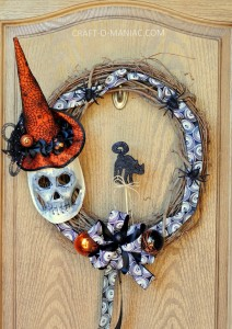 DIY Witch Hat and Mask Wreath