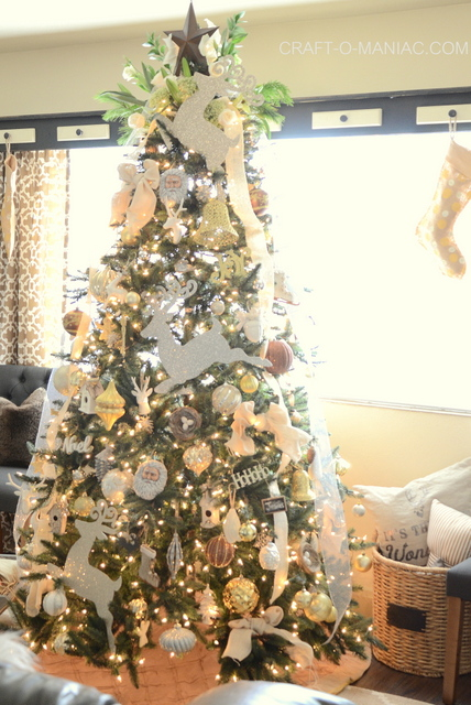 Gold and Sparkly Christmas Tree
