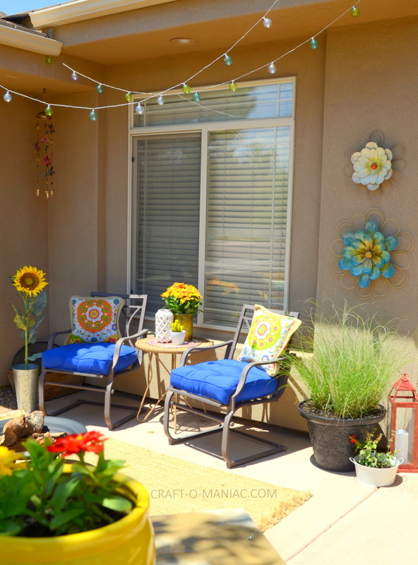 Bright Summer Porch Decor