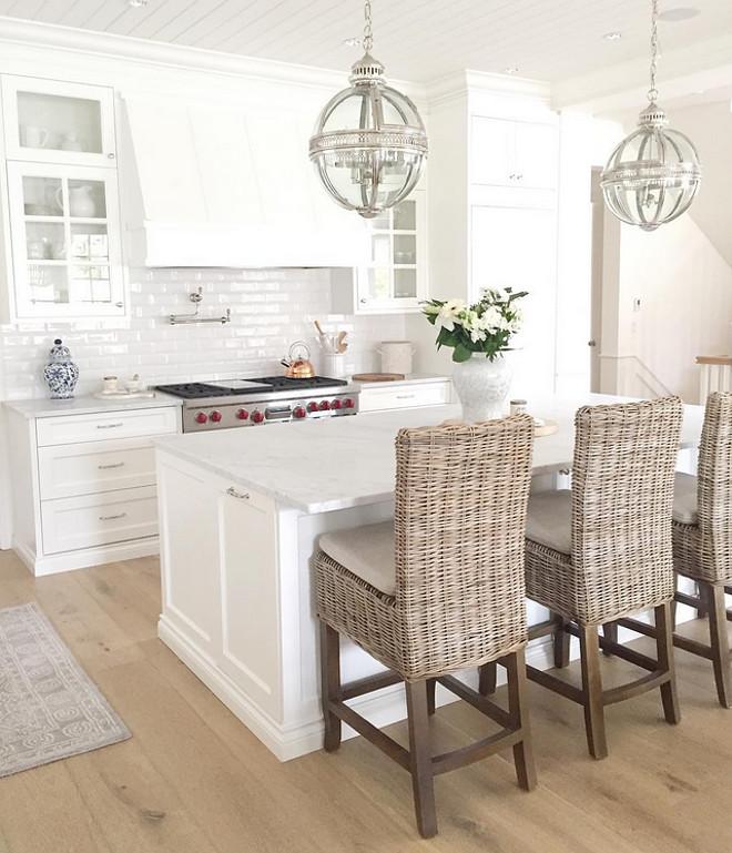 Beach Kitchen Decor: 15 Neutral Kitchen Decor Ideas
