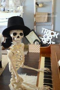 Halloween Piano Decor| 2016