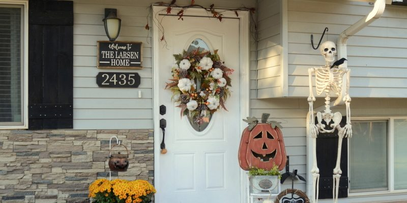 Halloween Porch Decor| 2017