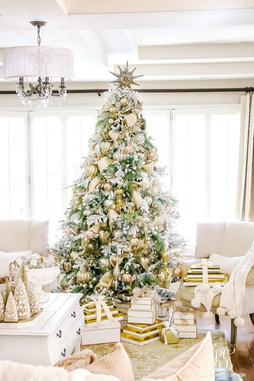 10 Beautiful Christmas Tree Ideas - Craft-O-Maniac