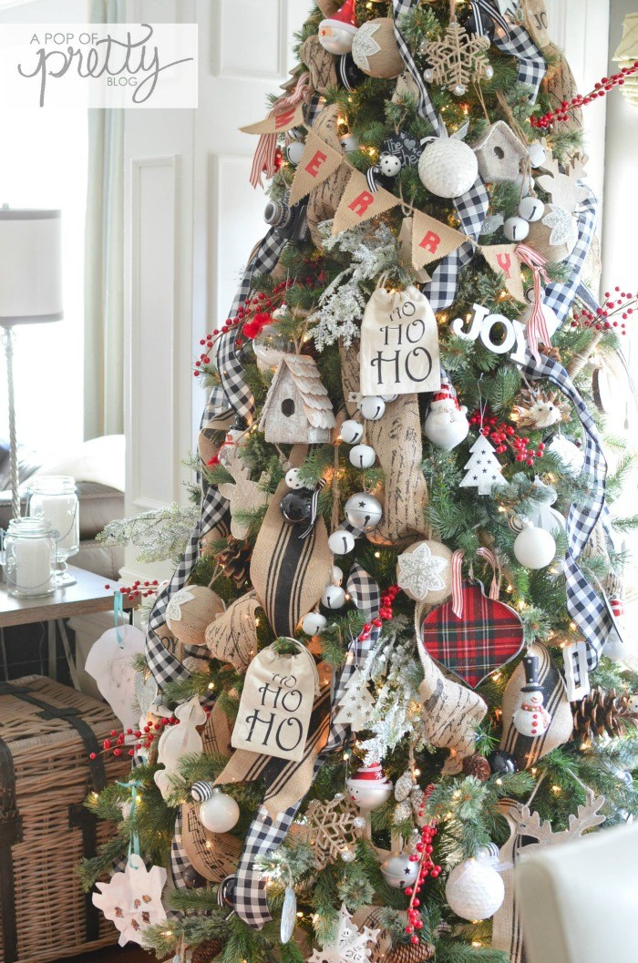 10 beautiful christmas tree ideas craft o maniac - Pinterest noel 2017 ...
