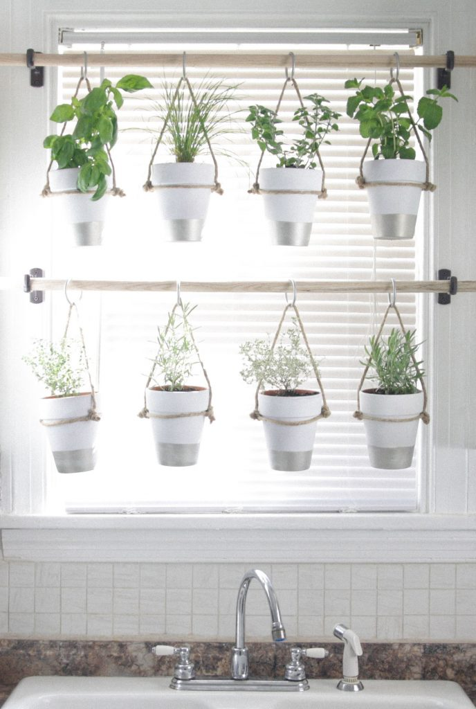 Curtains or Blinds? Considerations for Sprucing Up Windows