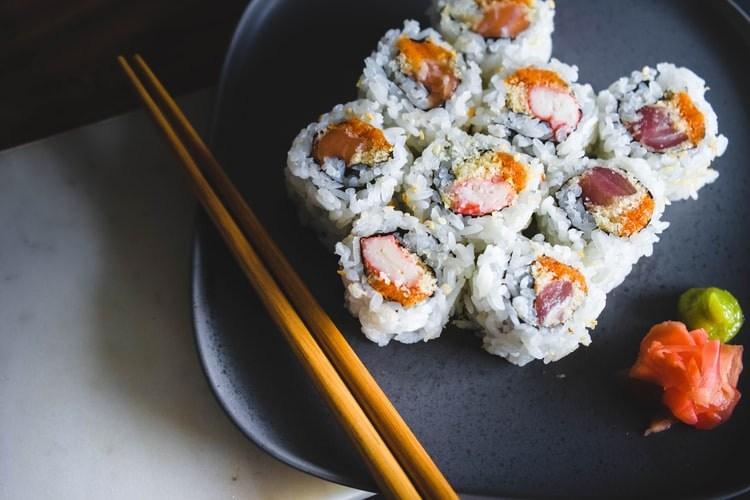 Know These 7 Famous Dishes of Japanese Cuisine