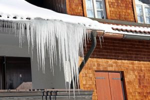 Ice Dam Removal and Prevention Tips