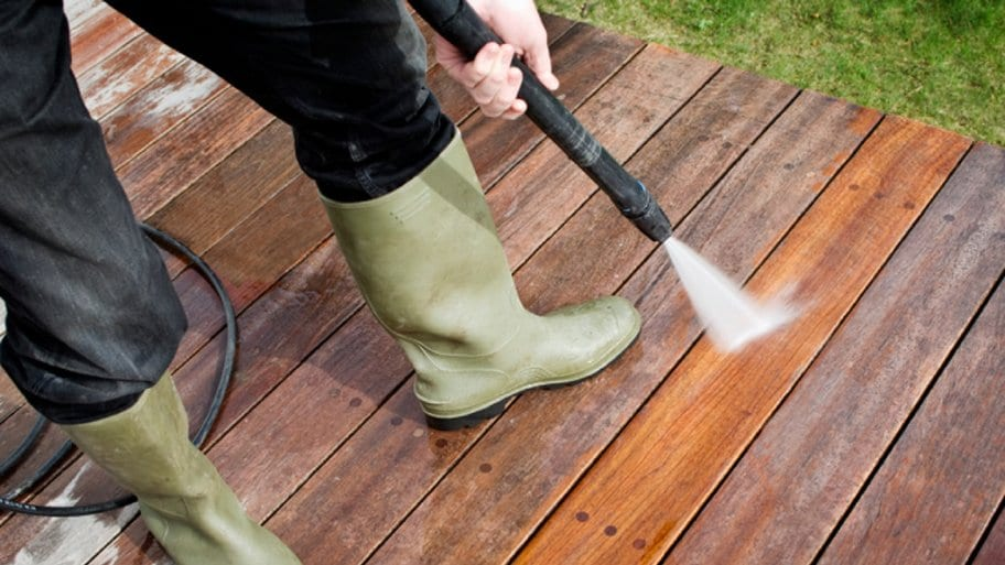 Commercial and Residential Property Cleaning: 9 Things You Can Clean With a Pressure Washer